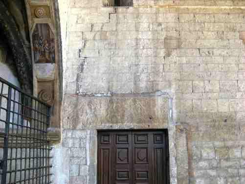 new_Pluteo utilizzato come architrave - S Gregorio Maggiore