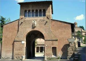 new_Roma - Santuario Tre fontane Porta di Carlomagno