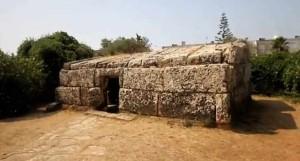 monumento-cento-pietre