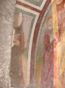 new_Piglio - chiesa S Rocco- Beato Andrea Conti a sx e S Giovanni Evangelista a dx