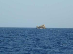 new_6 scoglio al largo di Ponza