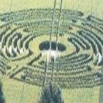 """Clamoroso, in Francia compare un """"cerchio nel grano"""" a forma di labirinto """"Chartres-type""""!"""