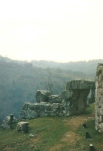 10 Porta Saracena a Segni-foto Pavat 2000
