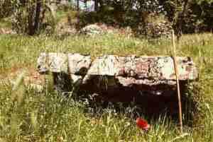 new_7 Presunto dolmen a Fumone-foto Rinaldi dal libro di capone 1993