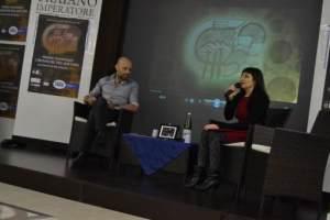 new_26 Isabella Dalla Vecchia intervista Adriano Forgione