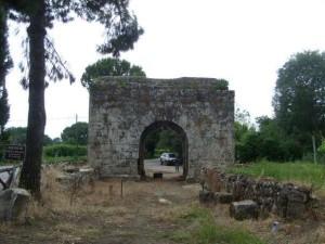 new_Porta Capuana ad Aquinum- foto Pavat