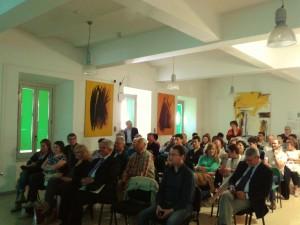 Il pubblico in sala durante la conferenza