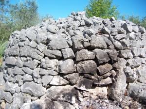 Cairn o cumulo di sassi a Pelonga