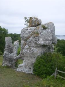 22 Raukar di Malms-Kyllaj-Gotland
