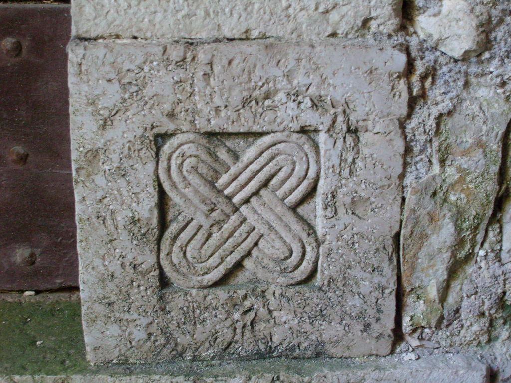 grazie per laiuto Zelo Cristo  Importante scoperta simbologica in una chiesa di Ceccano (FR).