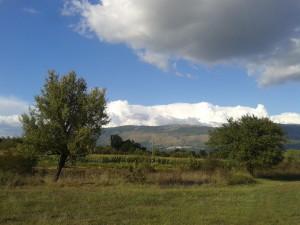 """La vallata del fiume Amaseno con un'altra Torre di segnalazione dei Conti di Ceccano detta oggi """"di Pisterzo"""""""