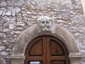 20 Corso Italia - Mascherone apotropaico