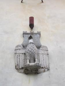 36 Maenza LT - Lo stemma cittadino sopra la Porta Urbica