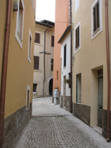6 Corso Italia sullo sfondo piazza De Mattias