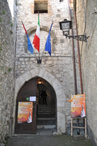 6 Ingresso castello