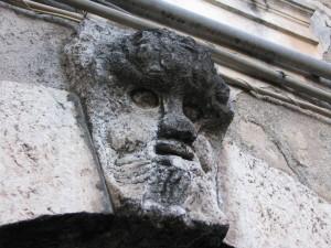 Mascherone in via d'abbasso a Ceccano
