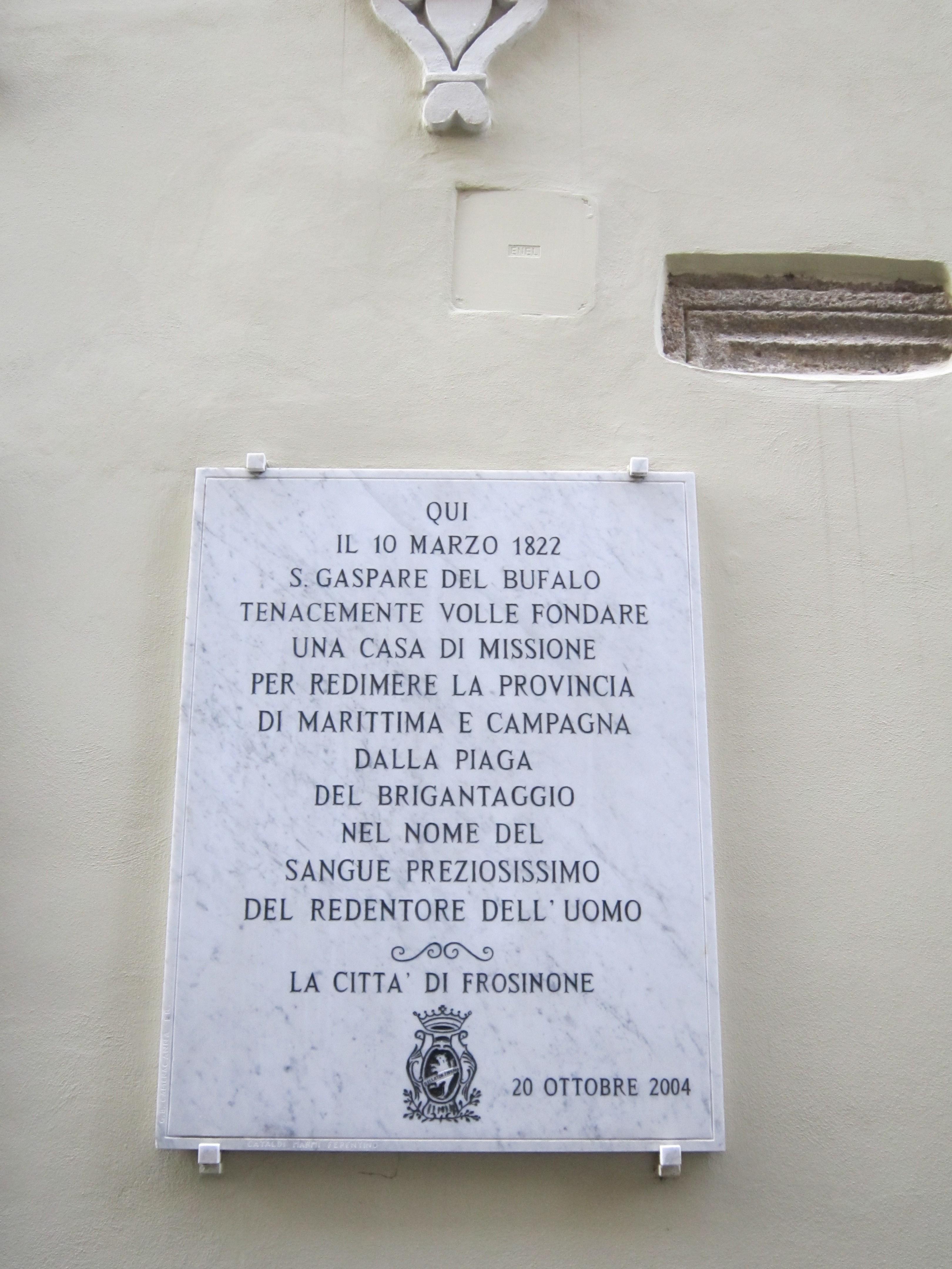 6 Frosinone - lapide del Comune che ricorda S Gaspare del Bufalo