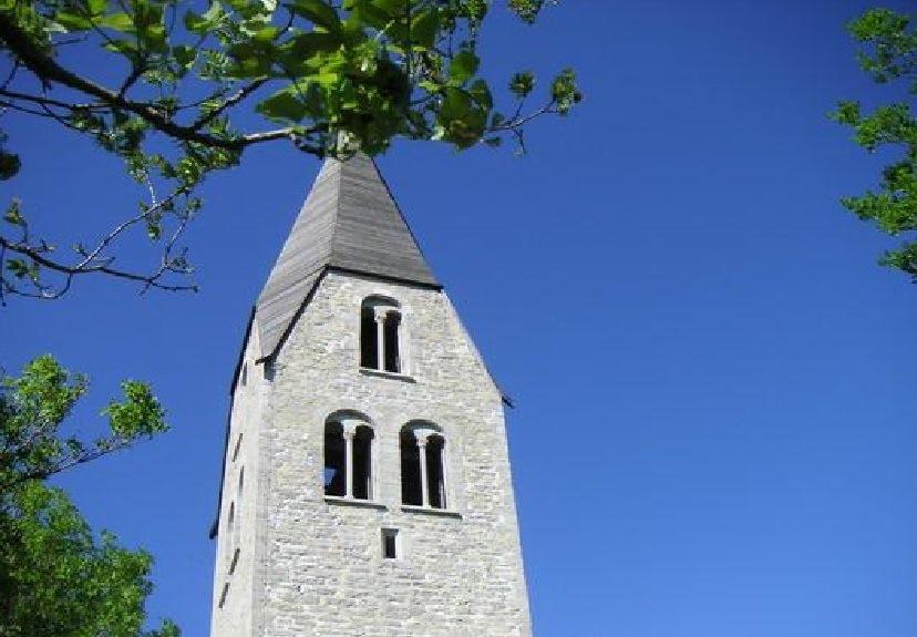 Torre campanaria della Ganthemkyrka a Gotland 2012