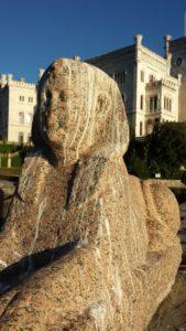 7-sfinge-egizia-al-castello-di-miramare